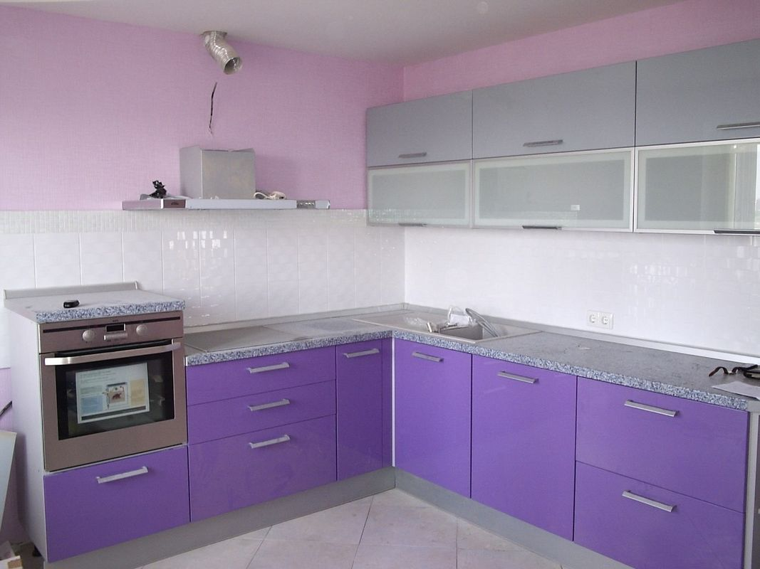 стоит обратить кухня фиолетовый низ белый верх фото фото своего маникюра