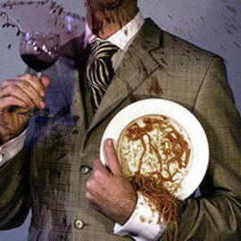 БЫТОВОЕ: Как вывести пятно от вина?