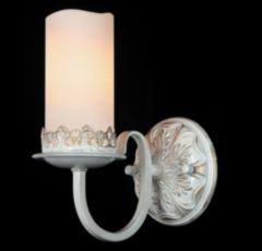 Настенный светильник Maytoni Classic 12 ARM562-01-W
