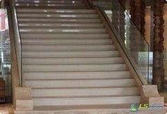Каменная лестница ЛюксСервисСтоун Вариант 8