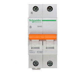 Schneider Electric Автоматический выключатель Домовой ВА63 1П+Н 32A C 4,5 кА 11216