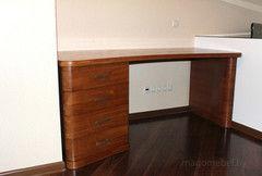 Письменный стол Mago из массива без острых углов