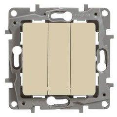 Legrand Etika Plus Выключатель 3-клавишный 10AX 250В сл.кость (672313)