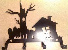 Полкодержатель, крючок Отис-сервис Крючок декоративный Дом с деревом (черный)