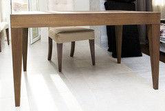 Обеденный стол Обеденный стол Драўляная майстэрня из массива дуба цвет Chocolate ОС03