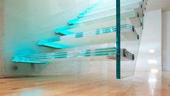 Элементы ограждений и лестниц Valtera из стекла триплекс 2