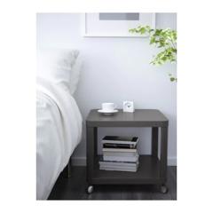 Сервировочный столик Сервировочный столик  ТИНГБИ Стол приставной на колесиках серый 50x50 см - Артикул: 703.600.46