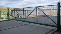 GabionCity Ворота откатные из панелей 3Д оцинкованные с полимерным покрытием