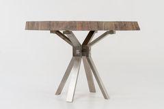 Обеденный стол Обеденный стол Fedosique из слэба дуба