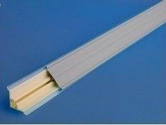 Krokos Плинтус пластиковый с ровной вставкой 3.05м