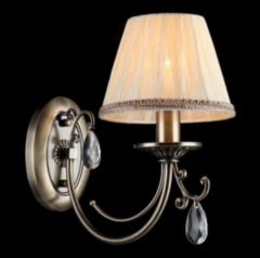 Настенный светильник Maytoni Classic 13 ARM093-01-R