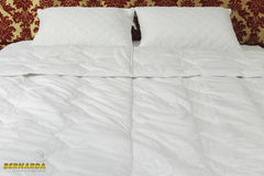 Одеяло Одеяло Bernarda из хлопкового сатина (шелк) 200x220