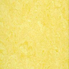 Линолеум Желтый линолеум DLW Marmorette LPX 121-076 Pale Yellow