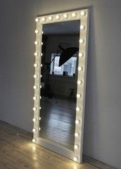 Зеркало Roofix гримерное напольное GZv (29 ламп)