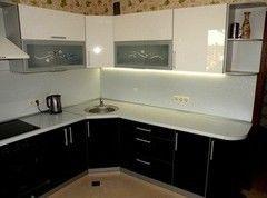 Кухня Кухня на заказ ЗОВ Пост черно-белый