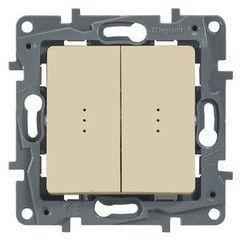 Legrand Etika Выключатель проходной двухклавишный с подсветкой (672316)